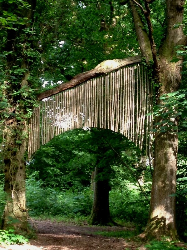 woodland sculpture Wakehurst Kew